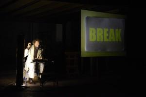 Pieza de Juan Dominguez en La Moderna. Break