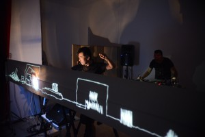 Nipplepot en casa privada. Festival Sitio. Fotografía Emilio Prieto