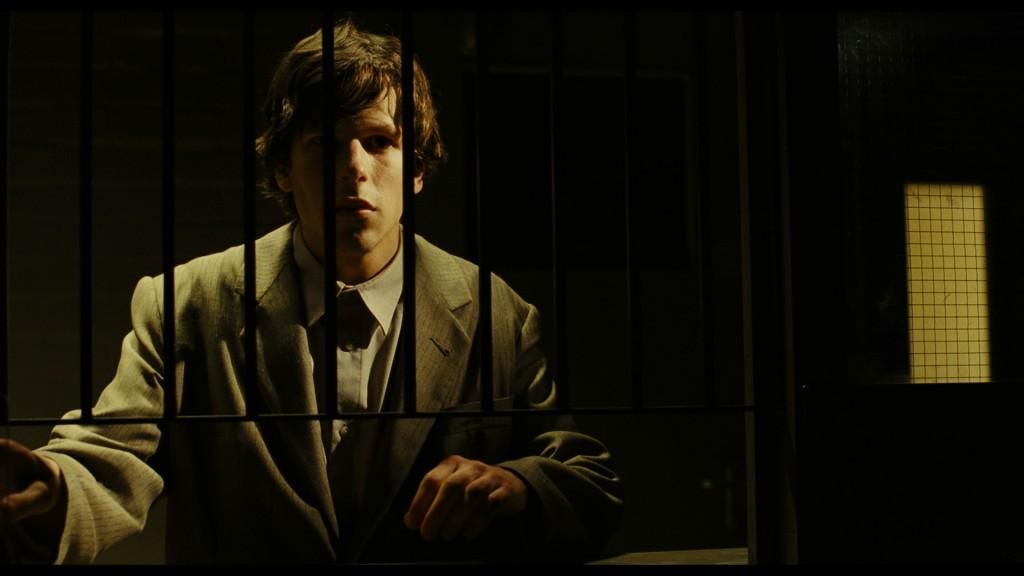 Jesse Eisenberg en THE DOUBLE, una producción de Magnolia Pictures . Cortesía of Magnolia Pictures. Foto: Dean Rodgers