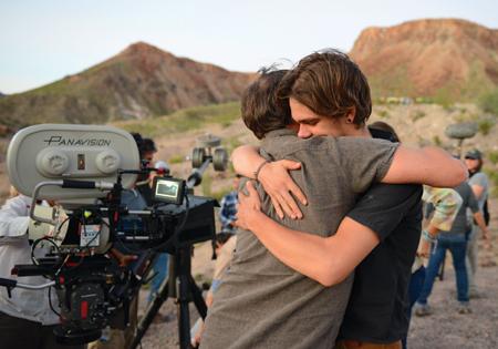 Director y protagonista en el último día de rodaje.