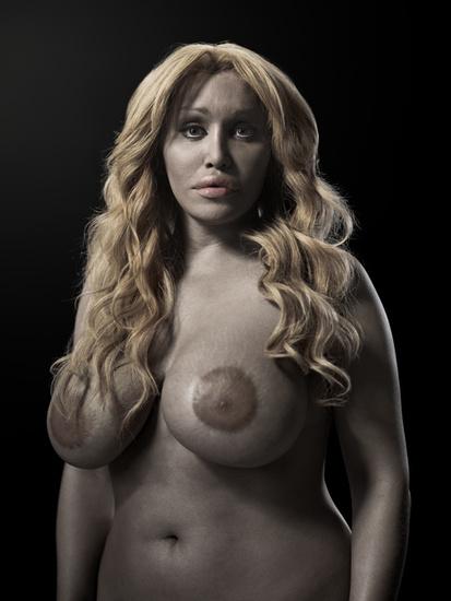 """Allanah. Perteneciente a la serie """"A new kind of beauty"""" Phillip Toledano. 2008-2010."""