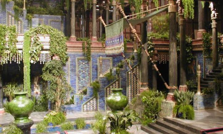 Reconstrucción de un jardín babilonio en la película Alejandro Magno (2004).