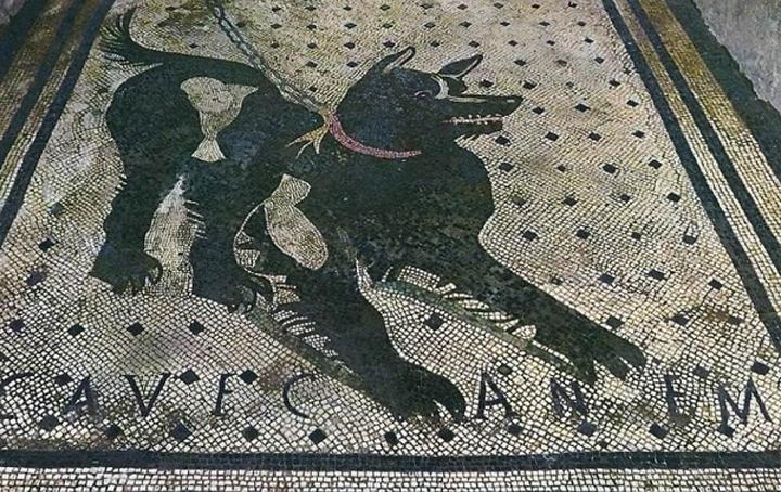 Mosaico de la casa del Poeta Trágico