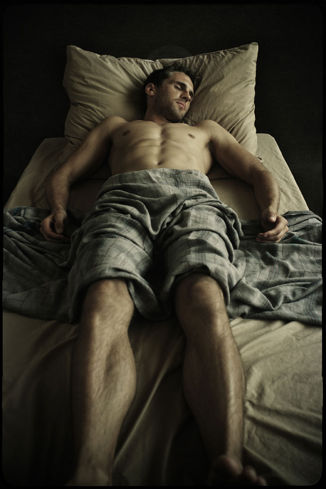 Foto 4. Anthony Gayton, El sueño (serie Falling Awake). www.anthonygayton.com (1)