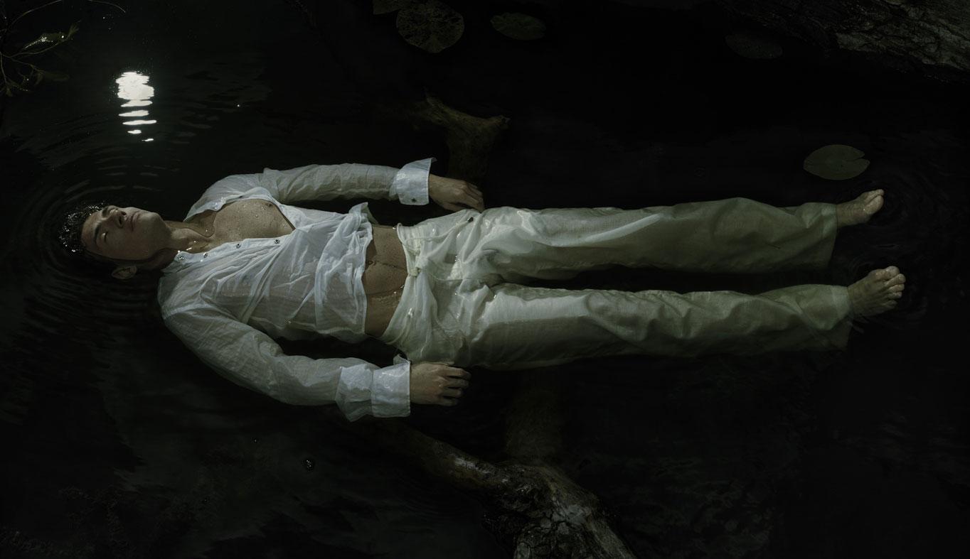 Foto 6. Anthony Gayton, El ahogamiento (serie Falling Awake). www.anthonygayton.com