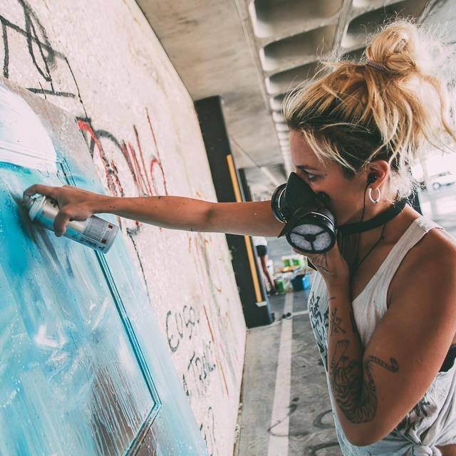 Artista portuguesa Tamara Alves