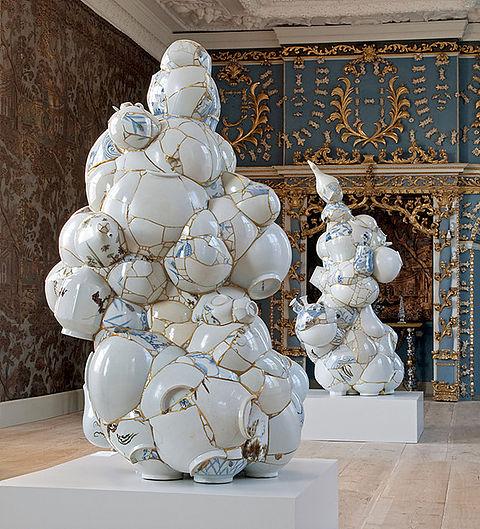 Fragmentos de cerámica componiendo nuevas obras de arte
