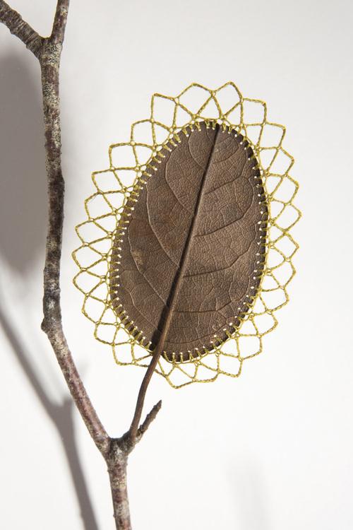 arte con hojas en otoño creatividad decoración imaginación