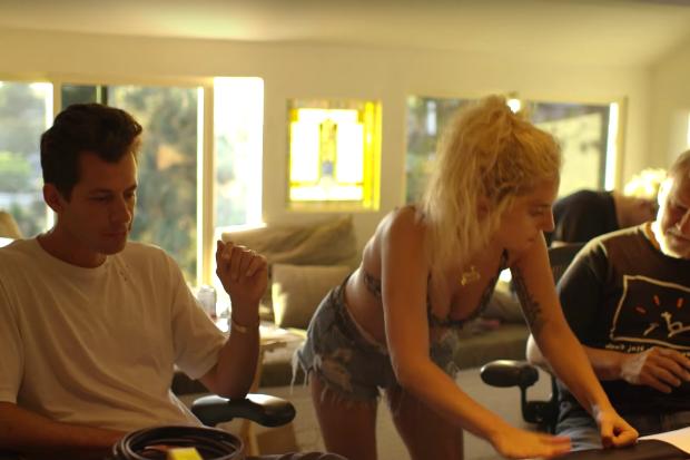 Lady Gaga y Mark Ronson